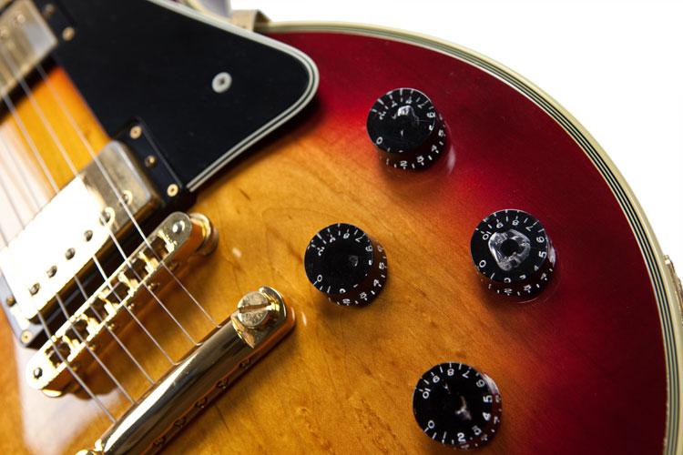 10963_Gibson_Les_Paul_custom_1983_07
